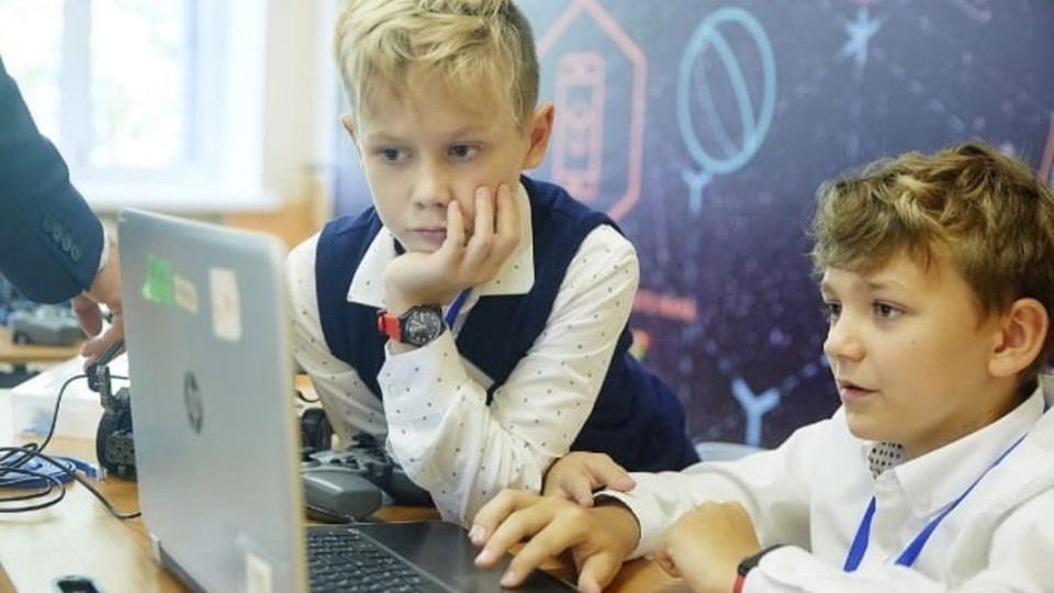 Детей с особенностями физического развития приглашают принять участие инженерной олимпиаде